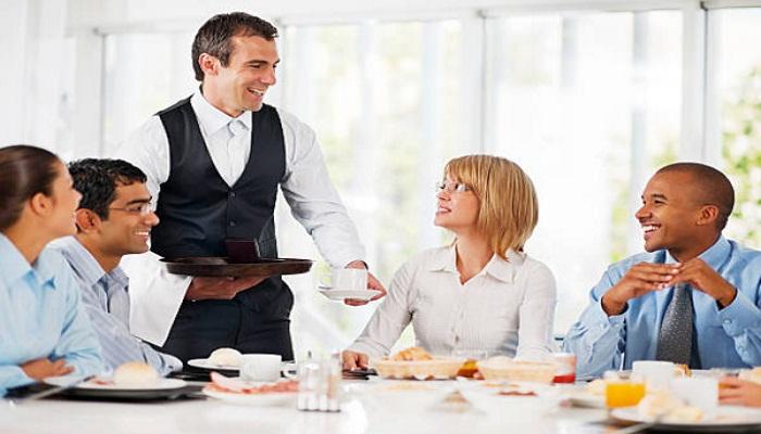 Cách thu hút khách hàng đến quán ăn
