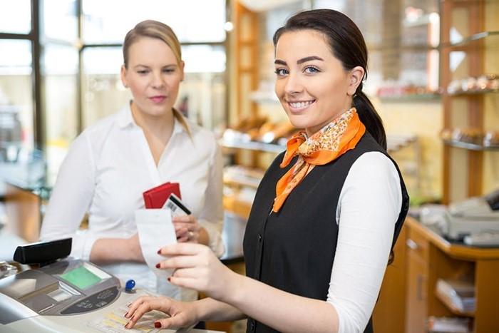Để mở cửa hàng mỹ phẩm cần gì?