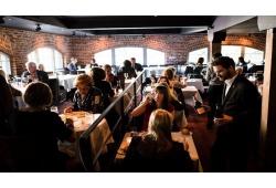 Làm thế nào để tăng doanh thu nhà hàng?